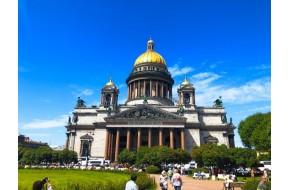 Девять причин приехать в Санкт-Петербург.